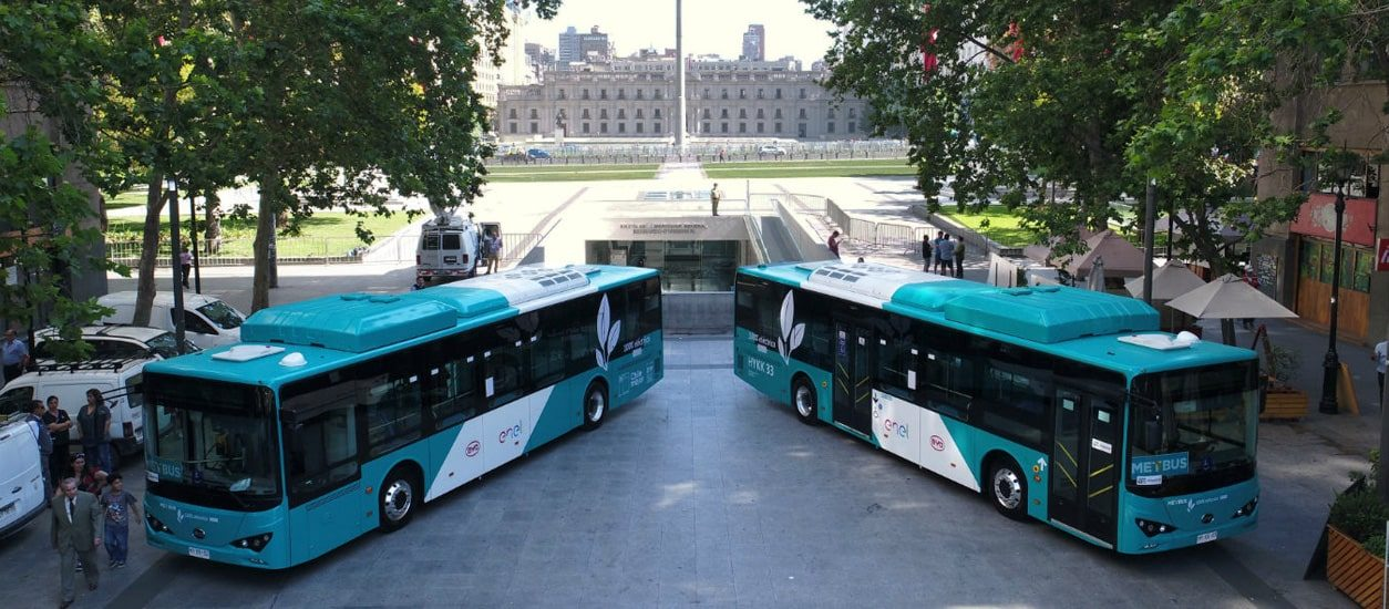 Electric buses: Enel technology on the streets of Santiago, Chile